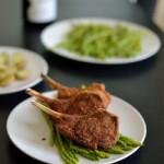 Costolette di agnello con senape e panatura al parmigiano e curcuma